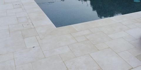 creamstone-dalles-piscine